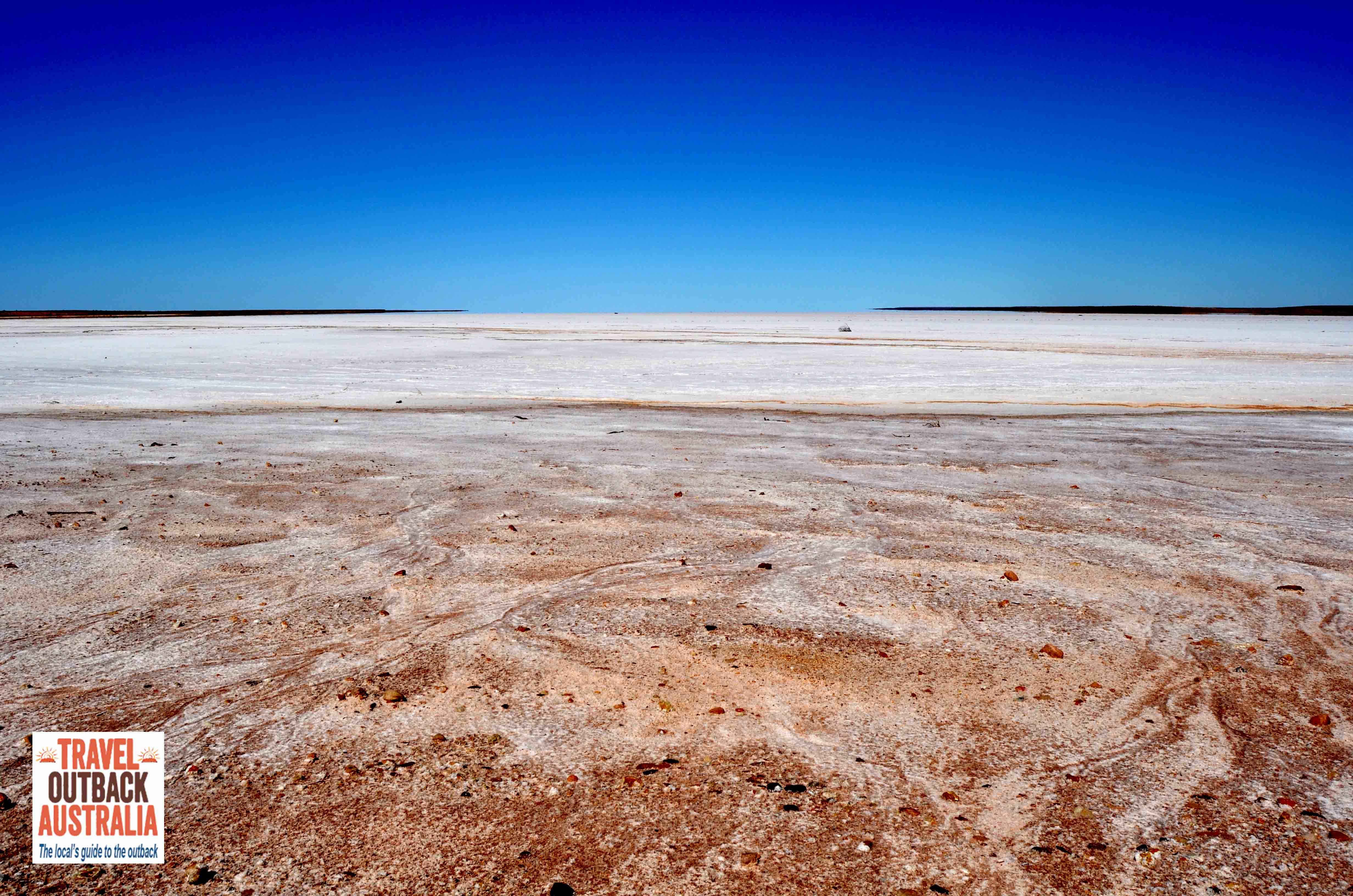 Australias largest lake