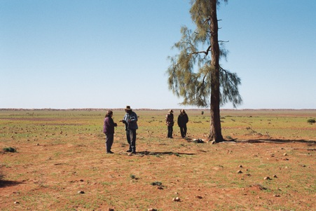 Working with Aboriginal people in the Simpson Desert