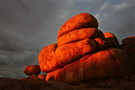 Karlu Karlu The Aboriginal Culture Of The Devils Marbles Nt Australia