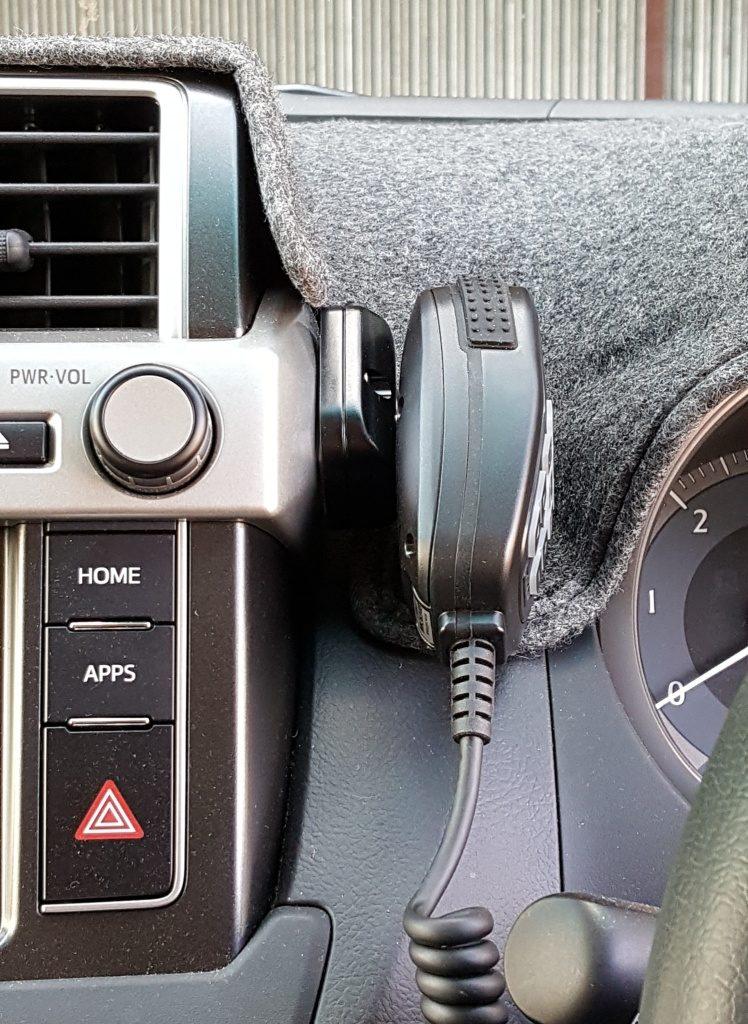 GME TX3350 UHF CB Radio